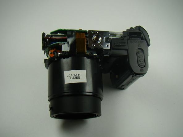 Как разобрать фотоаппарат Nikon Coolpix E5700 для замены различных компонентов (30)