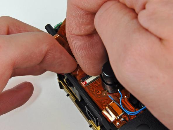 Как разобрать фотоаппарат Nikon D70 для замены различных компонентов (50)