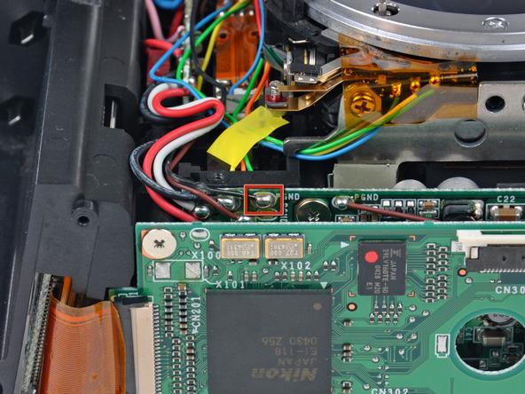 Как разобрать фотоаппарат Nikon D70 для замены различных компонентов (57)