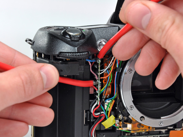 Как разобрать фотоаппарат Nikon D70 для замены различных компонентов (44)