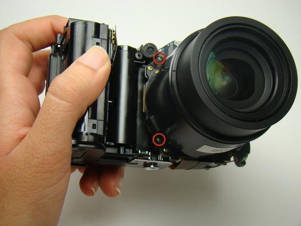 Как разобрать фотоаппарат Nikon Coolpix E5700 для замены различных компонентов (31)