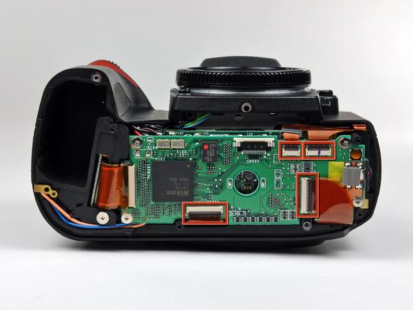 Как разобрать фотоаппарат Nikon D70 для замены различных компонентов (68)