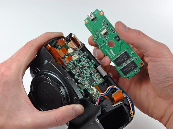 Как разобрать фотоаппарат Nikon D70 для замены различных компонентов (79)
