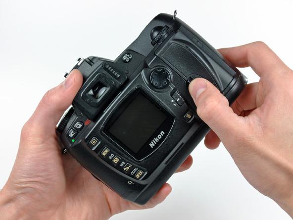 Как разобрать фотоаппарат Nikon D70 для замены различных компонентов (81)