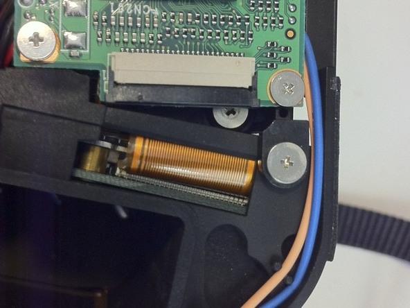 Как разобрать фотоаппарат Nikon D70 для замены различных компонентов (102)