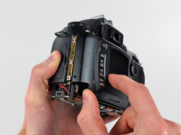 Как разобрать фотоаппарат Nikon D70 для замены различных компонентов (91)