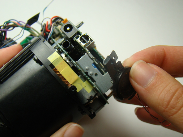Как разобрать фотоаппарат Nikon Coolpix E5700 для замены различных компонентов (40)