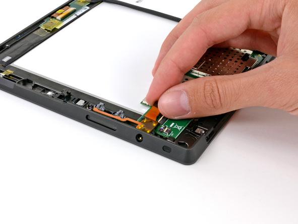 Как разобрать планшет Microsoft Surface (25)
