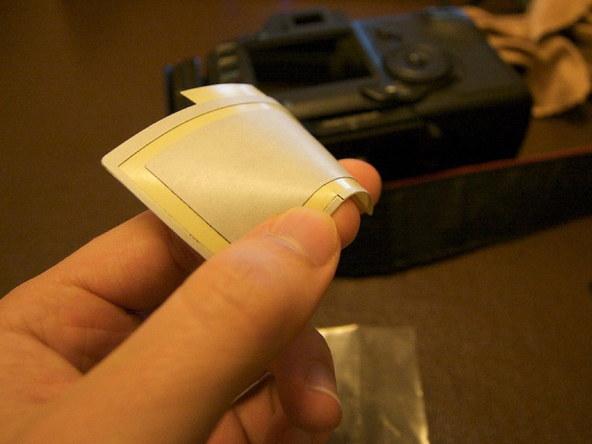 Как заменить защитное стекло для ЖК-экрана фотоаппарата Canon EOS 5D / 5D Mark II (7)