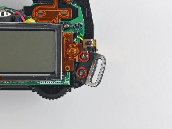 Как разобрать фотоаппарат Nikon D70 для замены различных компонентов (107)