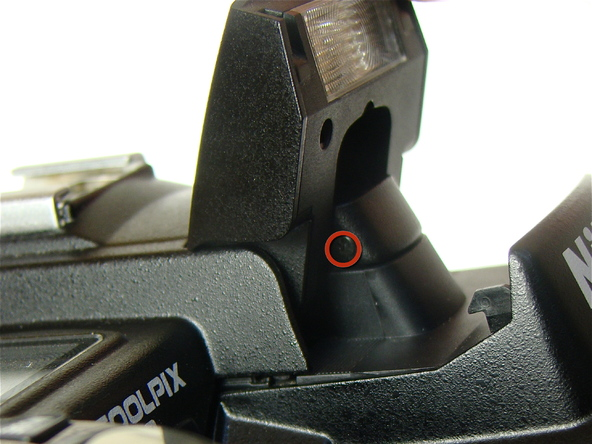 Как разобрать фотоаппарат Nikon Coolpix E5700 для замены различных компонентов (54)
