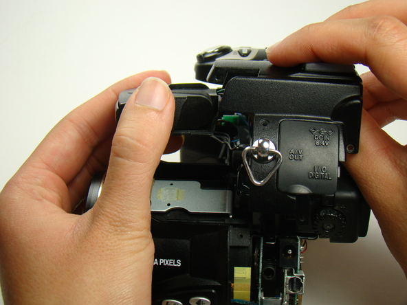 Как разобрать фотоаппарат Nikon Coolpix E5700 для замены различных компонентов (56)