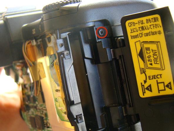 Как разобрать фотоаппарат Nikon Coolpix E5700 для замены различных компонентов (43)