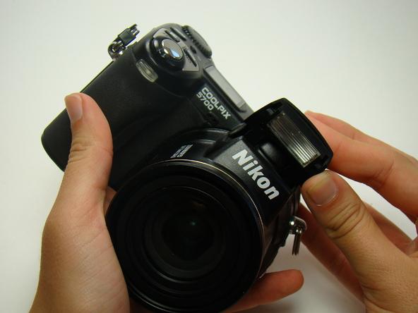 Как разобрать фотоаппарат Nikon Coolpix E5700 для замены различных компонентов (45)