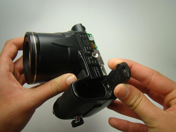 Как разобрать фотоаппарат Nikon Coolpix E5700 для замены различных компонентов (47)