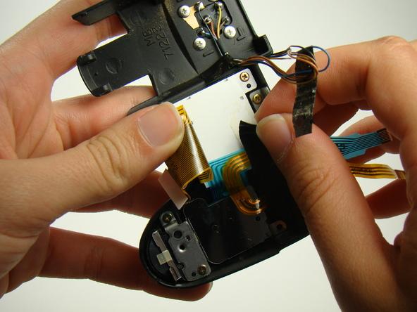 Как разобрать фотоаппарат Nikon Coolpix E5700 для замены различных компонентов (58)
