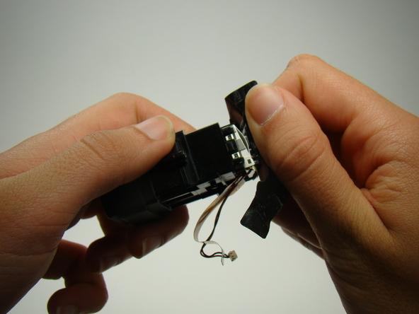 Как разобрать фотоаппарат Nikon Coolpix E5700 для замены различных компонентов (67)