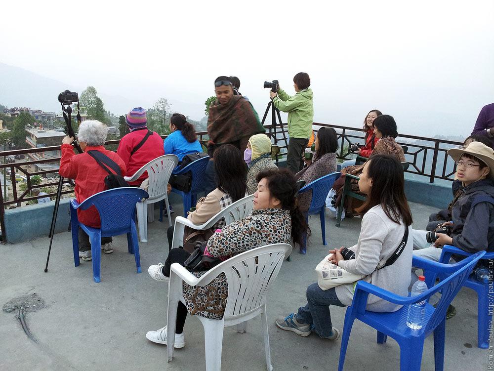 Восход над Гималайями с холма Сарангкот в Непале (4)