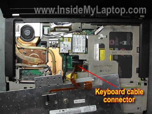 Как разобрать ноутбук Lenovo ThinkPad T61 для замены кулера (8)