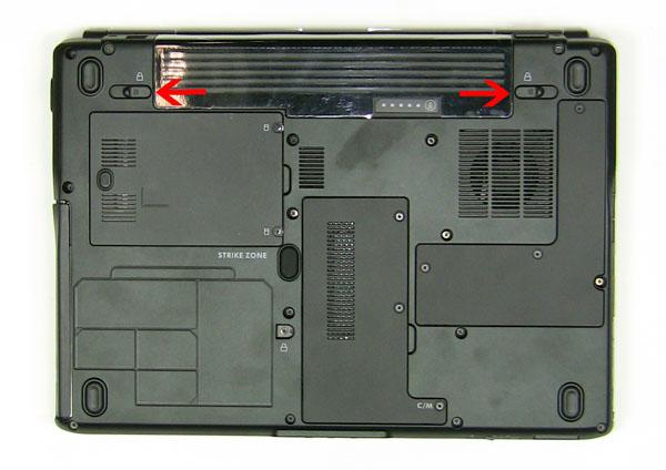 Как разобрать ноутбук Dell Inspiron 1420 / Vostro 1400: замена дверцы отсека модулей памяти (3)