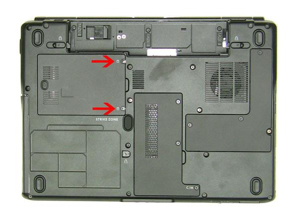 Как разобрать ноутбук Dell Inspiron 1420 / Vostro 1400: замена дверцы отсека жёсткого диска (4)