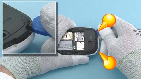 Как разобрать телефон Nokia Asha 200 / 201 (7)