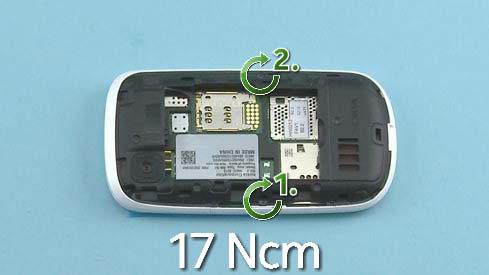 Как собрать телефон Nokia Asha 200 / 201 после замены деталей (10)