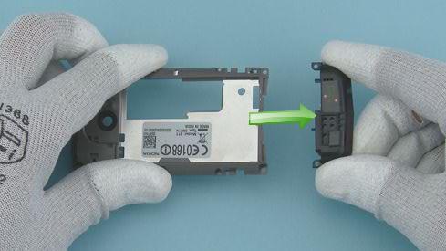 Как разобрать телефон Nokia Asha 311 / 3110 (15)