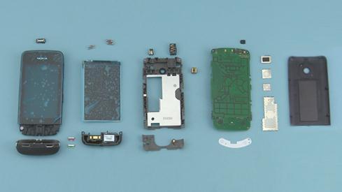 Как разобрать телефон Nokia Asha 311 / 3110 (37)