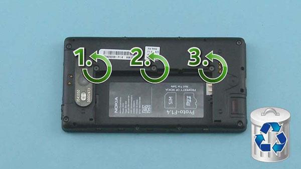 Как разобрать телефон Nokia Lumia 820 (8)