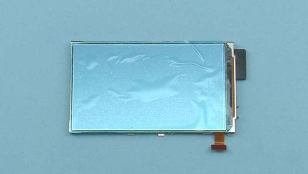 Как разобрать телефон Nokia Lumia 820 (25)