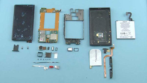 Как разобрать телефон Nokia Lumia 920 (1)