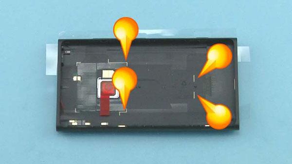 Как cобрать телефон Nokia Lumia 920 после замены деталей (8)