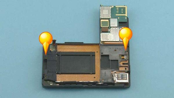 Как cобрать телефон Nokia Lumia 920 после замены деталей (35)
