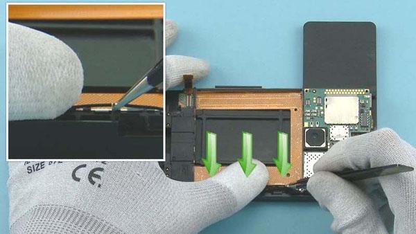 Как cобрать телефон Nokia Lumia 920 после замены деталей (44)