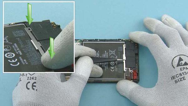 Как cобрать телефон Nokia Lumia 920 после замены деталей (60)
