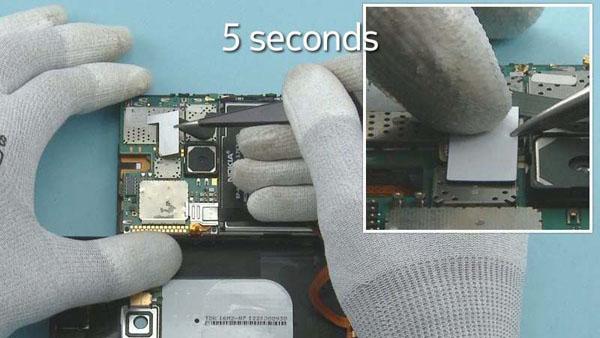 Как cобрать телефон Nokia Lumia 920 после замены деталей (68)