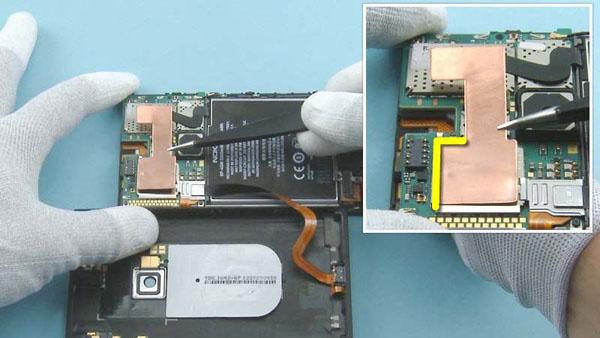 Как cобрать телефон Nokia Lumia 920 после замены деталей (70)