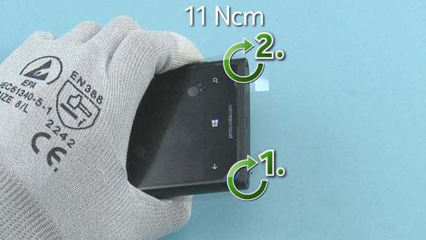 Как cобрать телефон Nokia Lumia 920 после замены деталей (77)