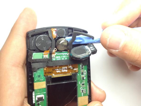 Как разобрать телефон Samsung SGH A707 (24)