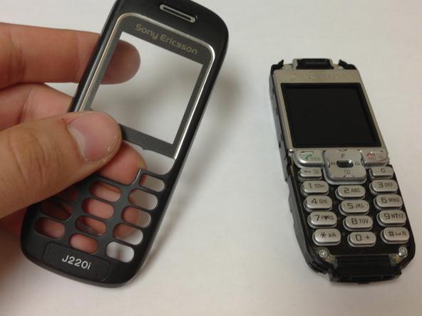 Как разобрать телефон Sony Ericsson J220i для замены разъёма зарядки (6)