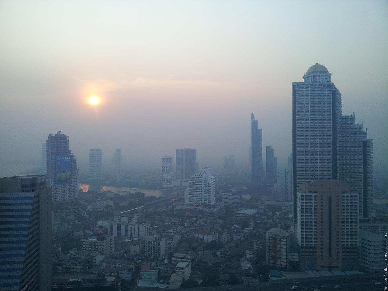 Заброшенные этажи в самой дорогой гостинице Бангкока Lebua в The State Tower (2)