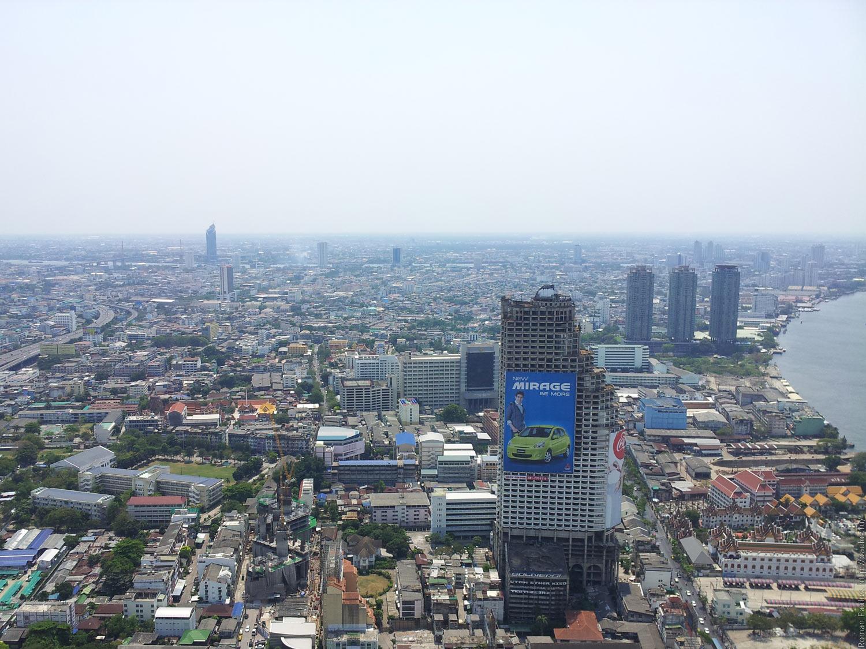Заброшенные этажи в самой дорогой гостинице Бангкока Lebua в The State Tower