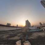 На крыше южной башни торгового центра драгоценных камней в Бангкоке