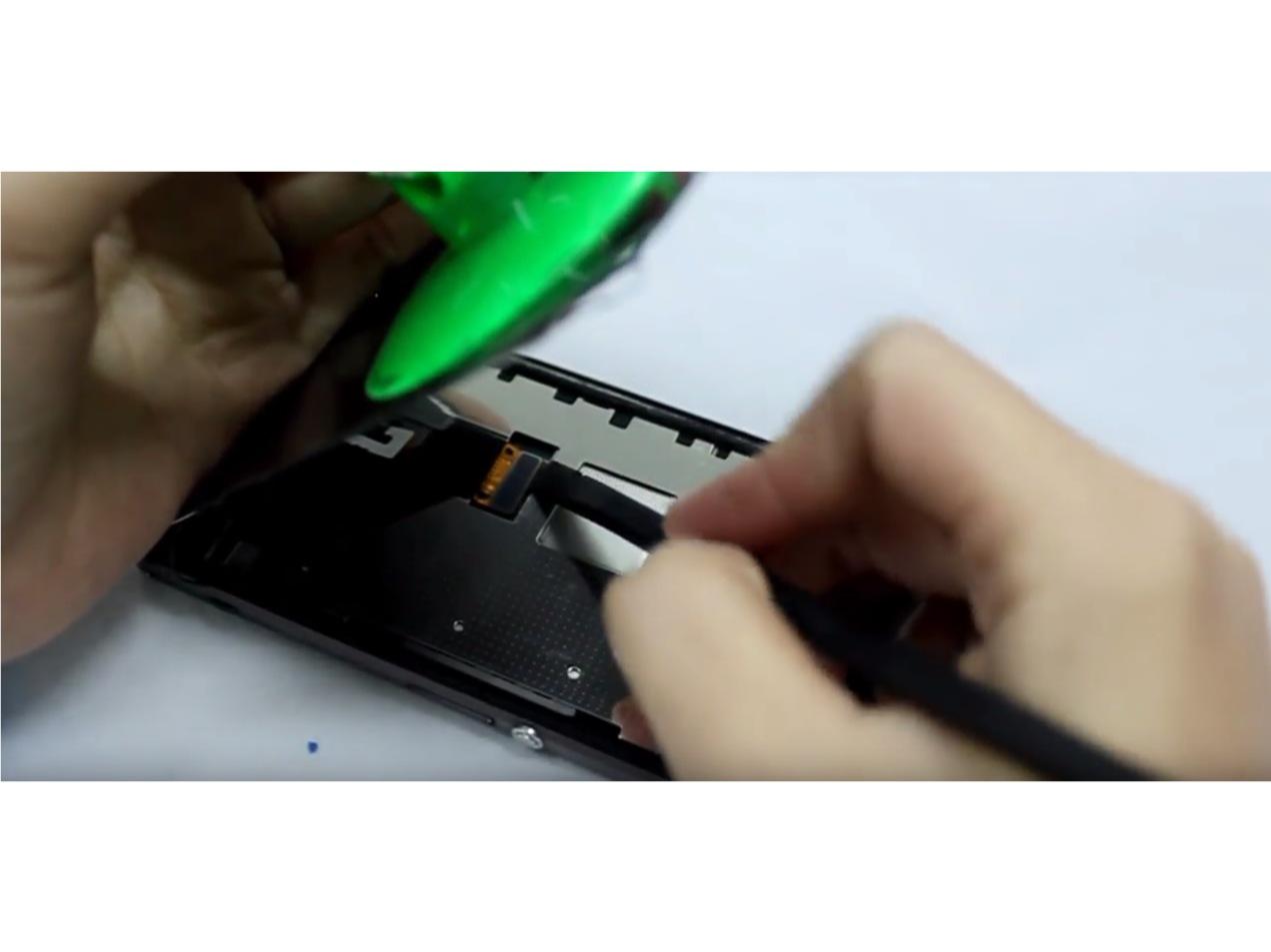 Замена экрана на Sony Xperia Z1 Compact (5)