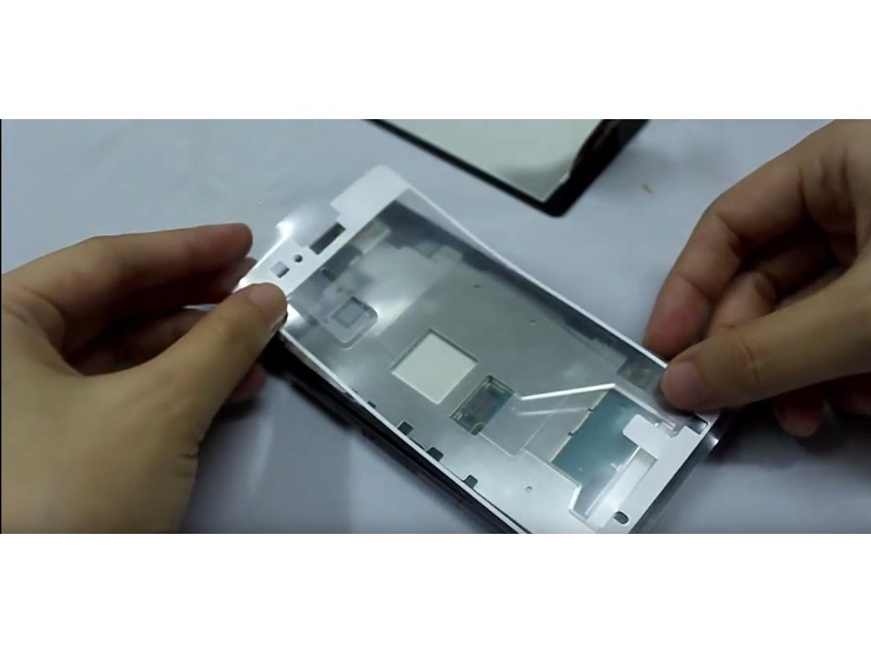 Замена экрана на Sony Xperia Z1 Compact (7)