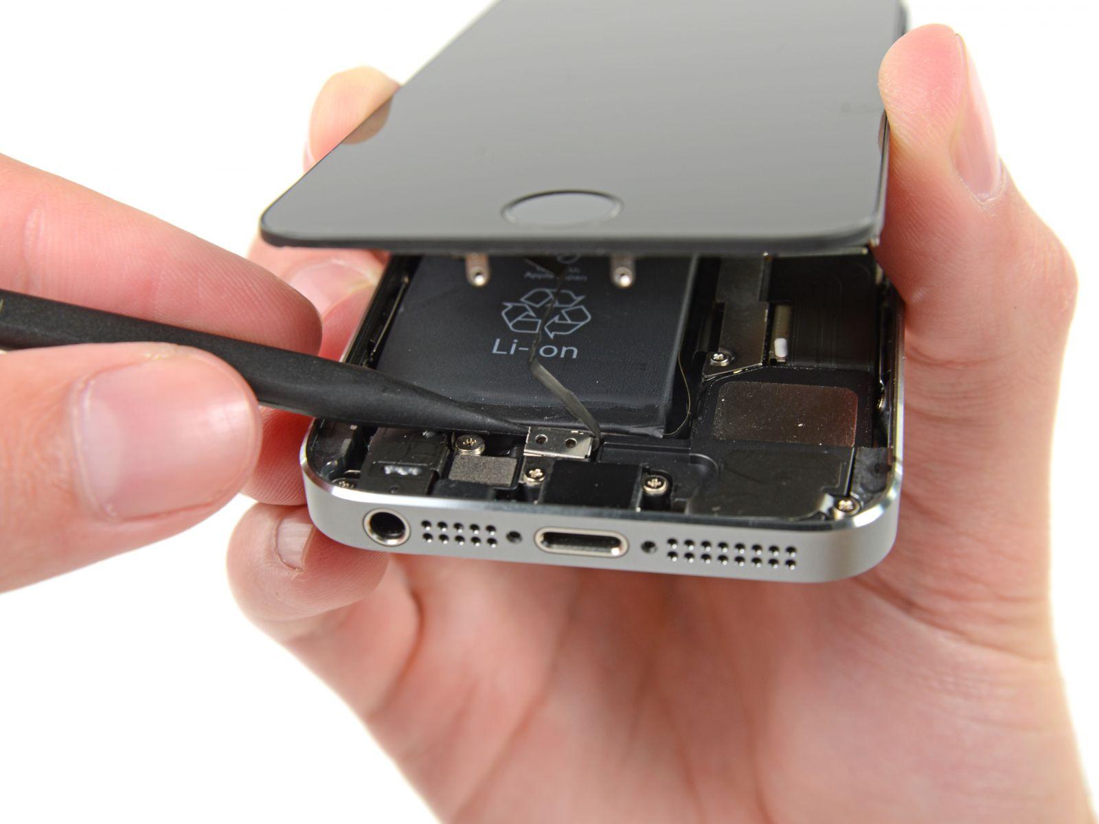 Замена кнопки «домой» на iPhone 5S (10)