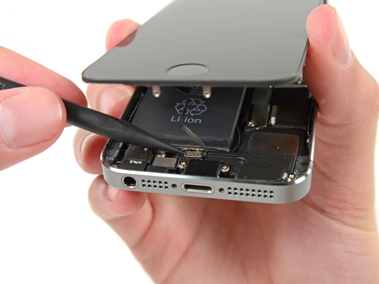 Замена кнопки «домой» на iPhone 5S (13)