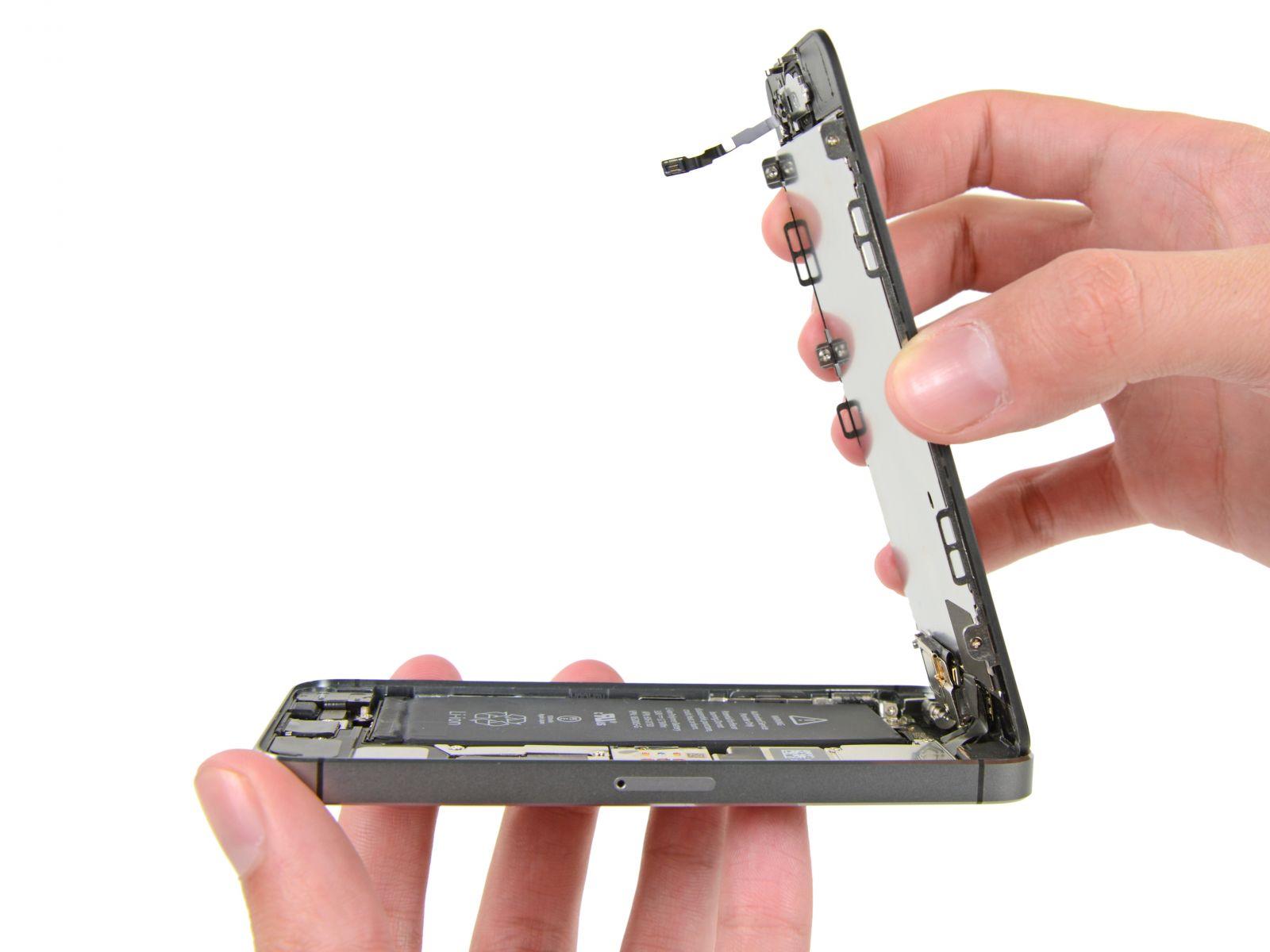 Замена кнопки «домой» на iPhone 5S (16)
