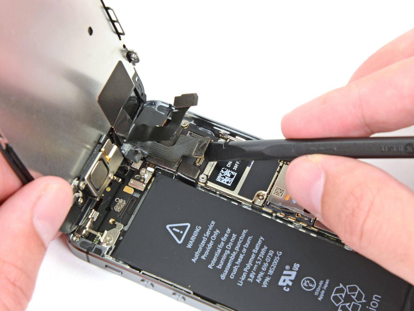 Замета аккумулятора на iPhone 5S (22)